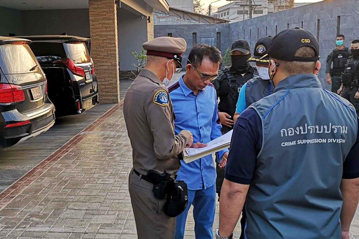Gokbaas gearresteerd die in verband wordt gebracht met Covid-19 uitbraak in Rayong