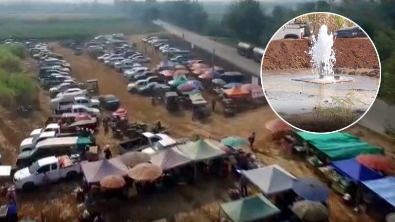 De mineraalwater bron in provincie Kanchanaburi trekt nu al honderden bezoekers per dag