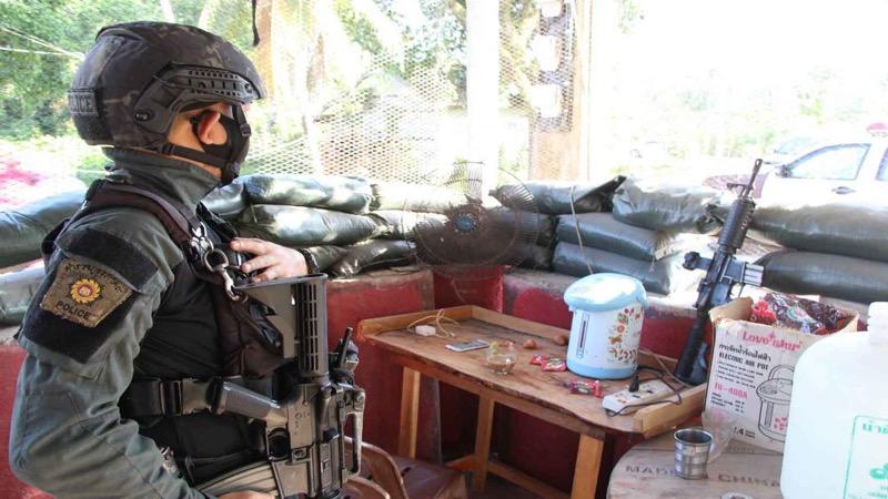 Gewapende milities terroriseren de politie in het zuiden