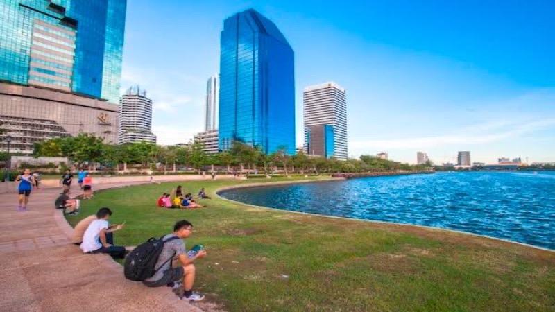 VIDEO | Het Benjakitti Park in Bangkok wordt op Moederdag heropend