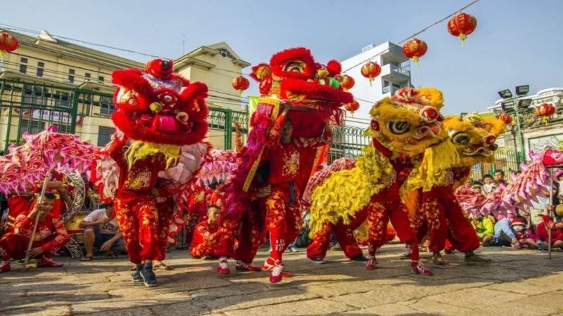 Een uitleg over hoe en waarom Chinees Nieuwjaar in Thailand gevierd wordt