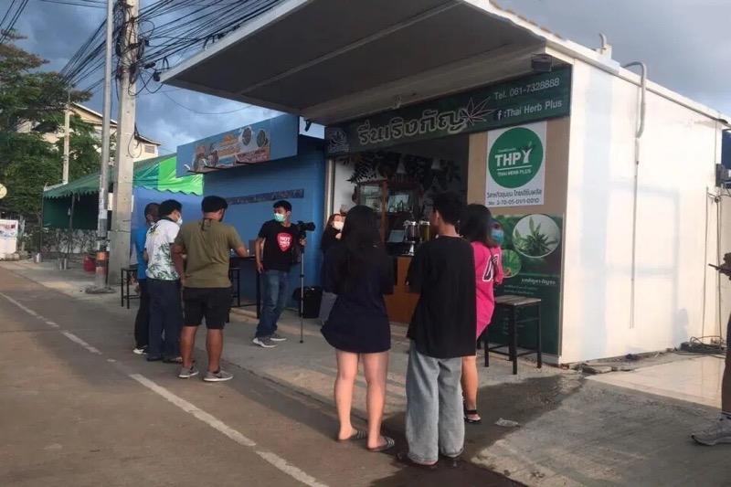 De kustplaats Pattaya heeft nu zijn eerste legale cannabis café binnen de stadsgrenzen