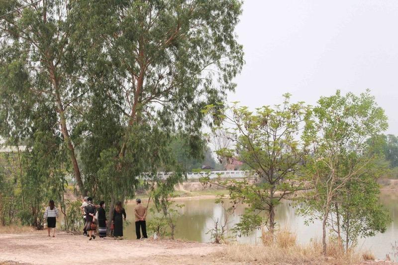 Moeder van verdronken padvinder in Kalasin beschuldigt schooldirecteur van nalatigheid