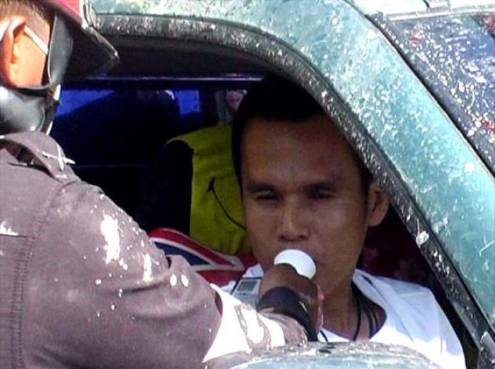 De alcoholcontroles in Bangkok worden transparanter