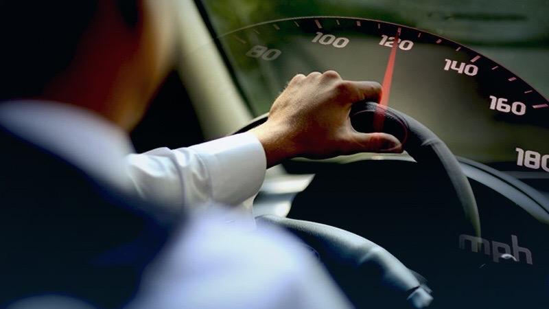 De verhoogde snelheidslimiet van 120 kilometer is nu in Thailand van kracht!