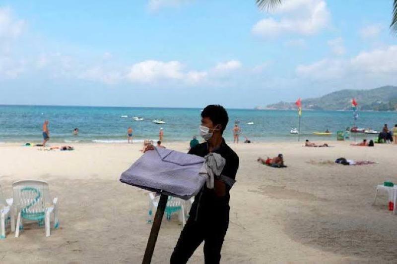Ruim 1,45 miljoen mensen verloren hun werk in de Thaise toeristische sector als gevolg van de pandemie