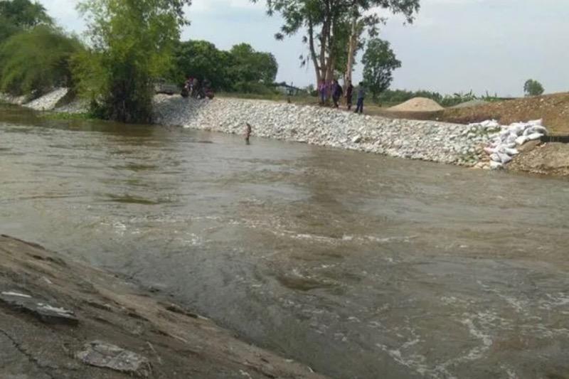 Uit Surin afkomstige man verdrinkt in een irrigatiekanaal in Chonburi