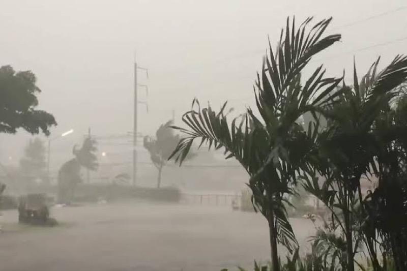 Zomerstormwaarschuwing voor 48 Thaise provincies uitgegeven