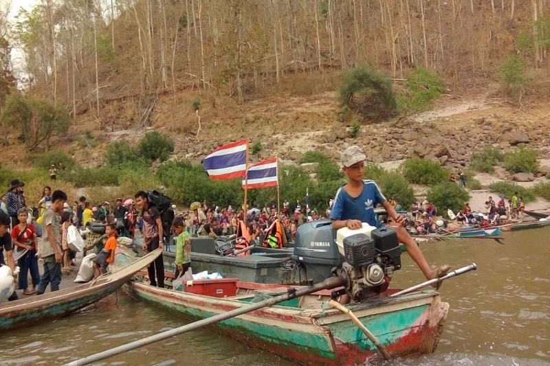 De vluchtende mensen uit Myanmar worden niet aan de Thaise grens terug gedrongen