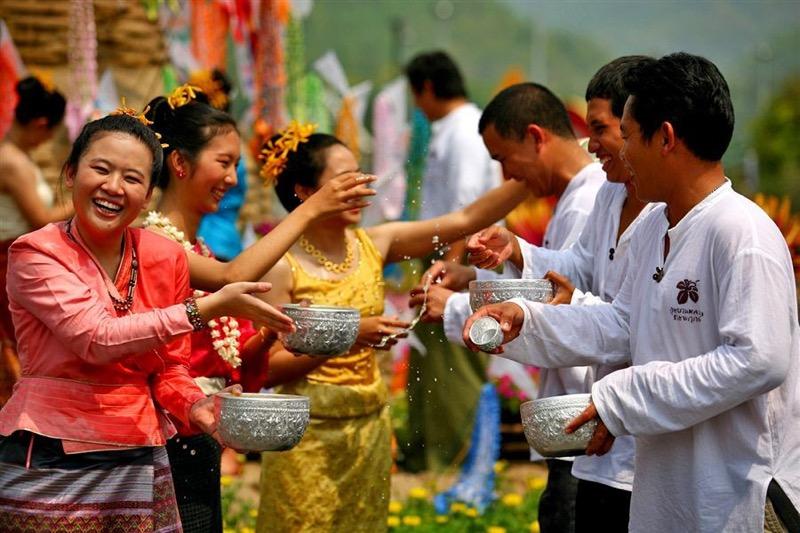 Pattaya kondigt plannen aan om het Songkran-festival te houden