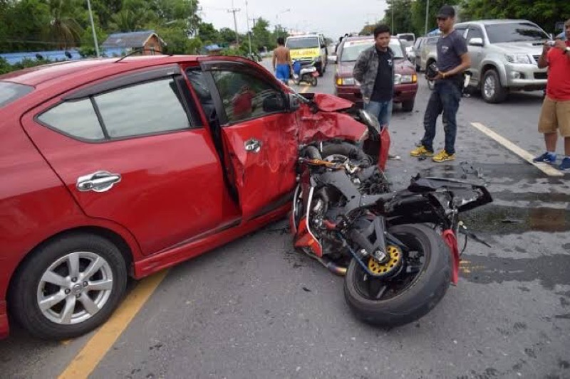 In Thailand komt er elke 35 minuten een motorrijder bij bij een ongeval om het leven