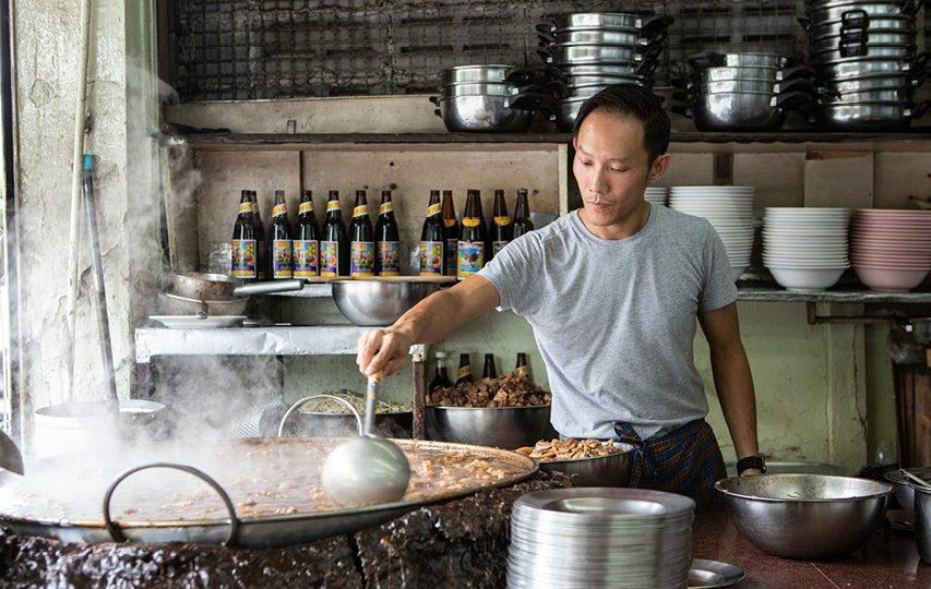 Rundvleessoep 40 jaar gestoofd in dezelfde pot wint 'Essence of Asia' award