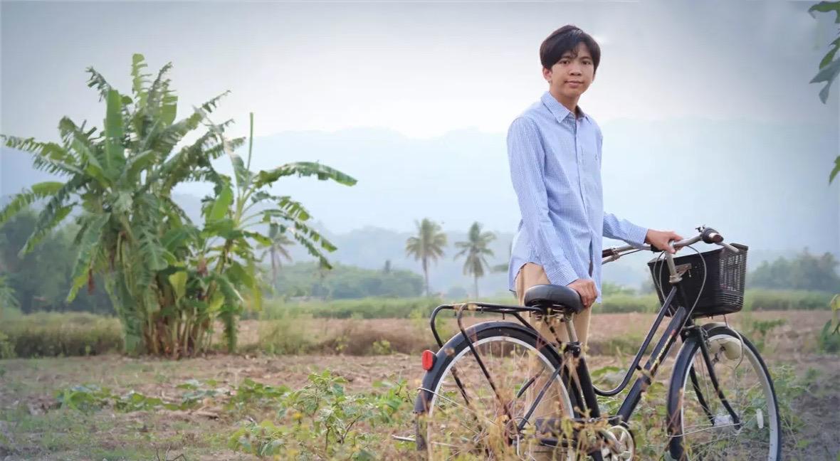 Student in Chiang Rai onthult zijn onderwijsvisie aan ministers van Thaise regio's