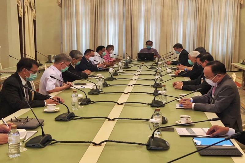 Thailand schaft 35 miljoen COVID19 vaccins van verschillende andere bedrijven aan