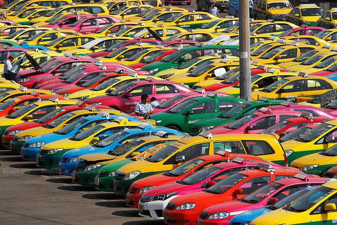 De exploitatievergunning voor taxi's in Thailand nu officieel verlengd