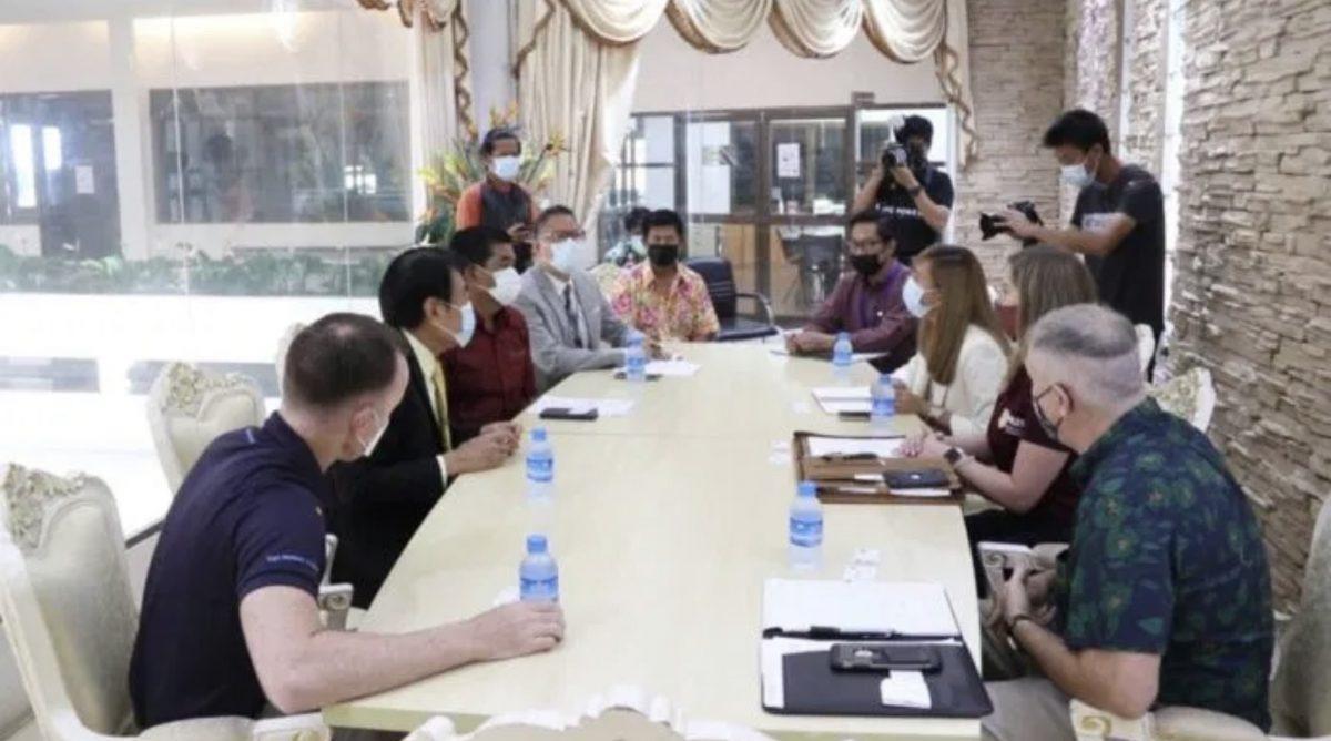 VIDEO | Amerikaanse ambassade in gesprek met Pattaya om in augustus van dit jaar, 2000 soldaten te laten passagieren.