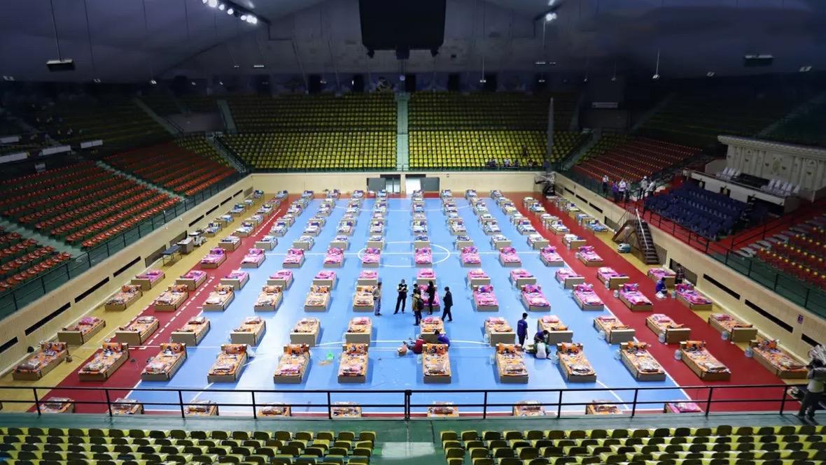 Een deel van Nationale Stadion van Bangkok, is ingericht als veldhospitaal Covid patiënten