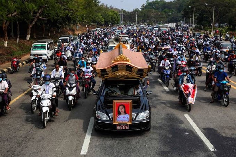 Opnieuw bloedige dag in Myanmar, leger kondigt op tv 19 doodstraffen aan