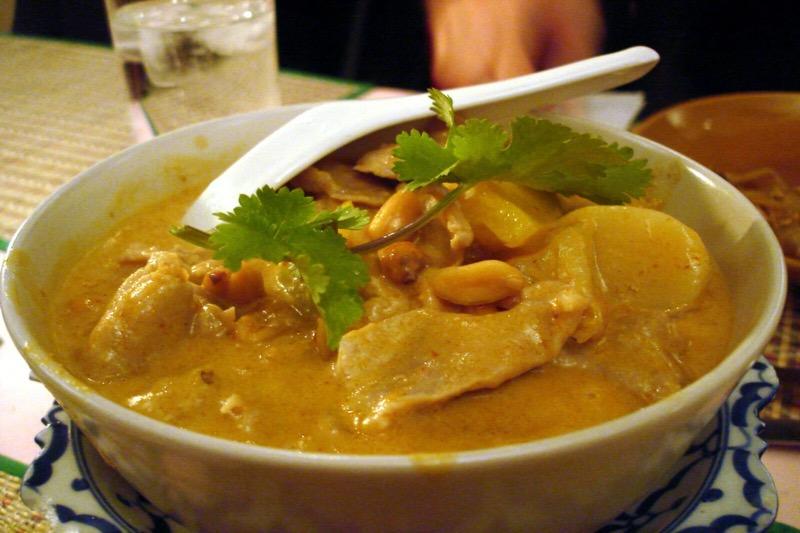 """Het Thaise gerecht """"Massaman curry"""" uitgeroepen tot 's werelds # 1 eten"""