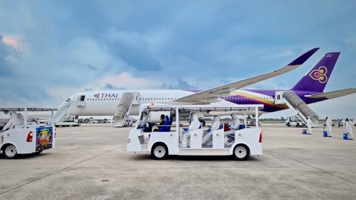 Meer dan 4.000 Thai Airways medewerkers falen voor screening en vallen buiten de mand