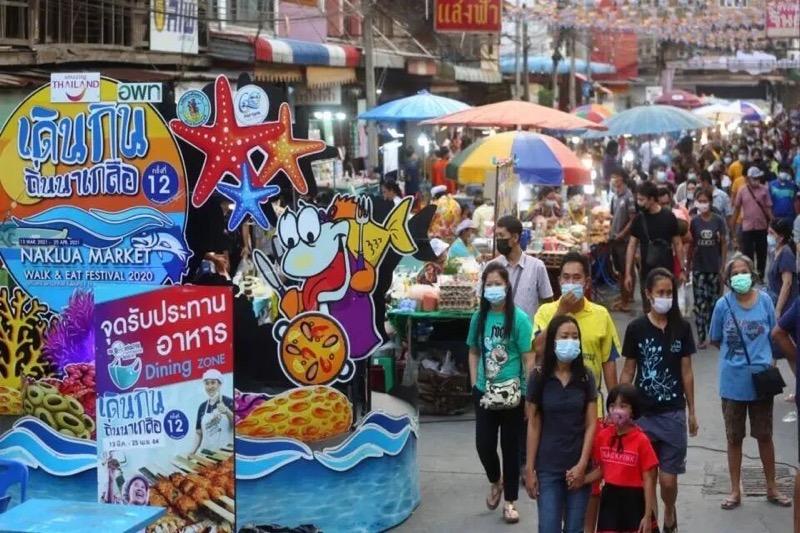 """De gemeente Pattaya wilt het event """"Walk and Eat in Naklua"""" met de nodige Covid19 voorzorgsmaatregelen laten door gaan!"""