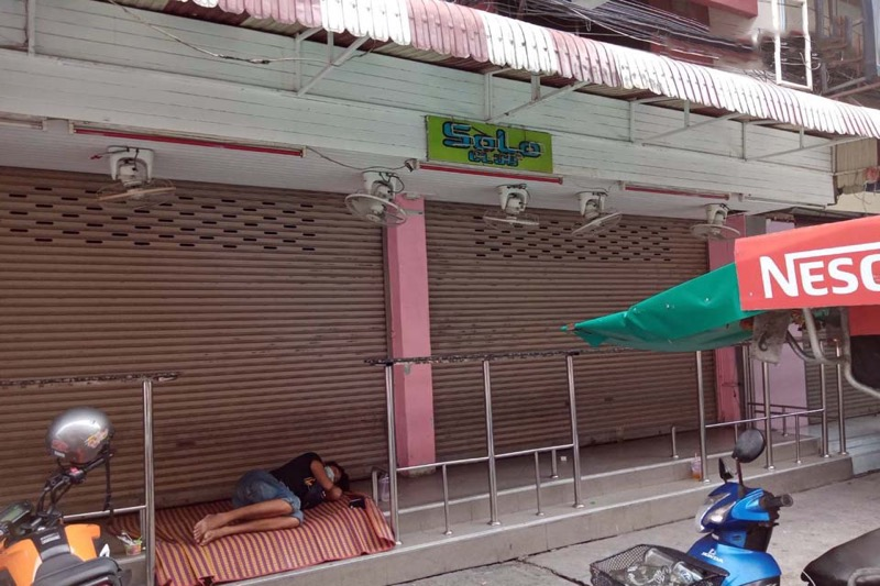 De bedrijven in Pattaya donderen achter elkaar als dominostenen om!