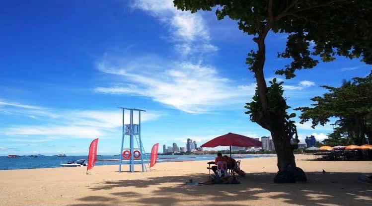 Dubbele vraagtekens bij de heropening van het eens zo frivole Pattaya