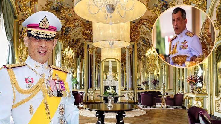 Vandaag 4 mei markeert de kroningsdag van Zijne Majesteit Koning Maha Vajiralongkorn Phra Vajiraklaochaoyuhua, de tiende vorst van het Koninklijk Huis van Chakri.