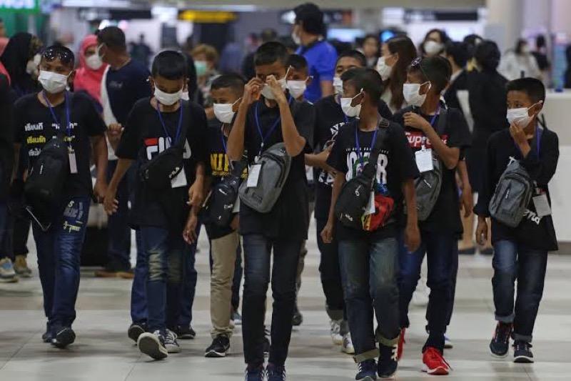 Meer dan 99% van de mensen in Bangkok draagt buitenshuis gezichtsmaskers