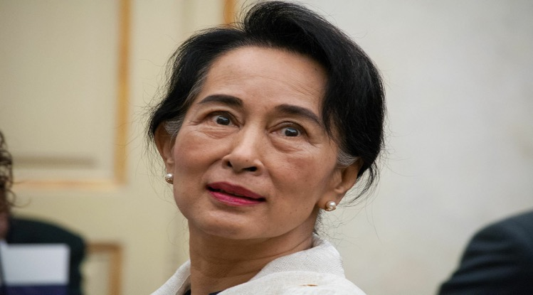 Rebellen doden 20 Myanmarese officieren, voormalig leider Aung San Suu Kyi verschijnt voor de rechtbank