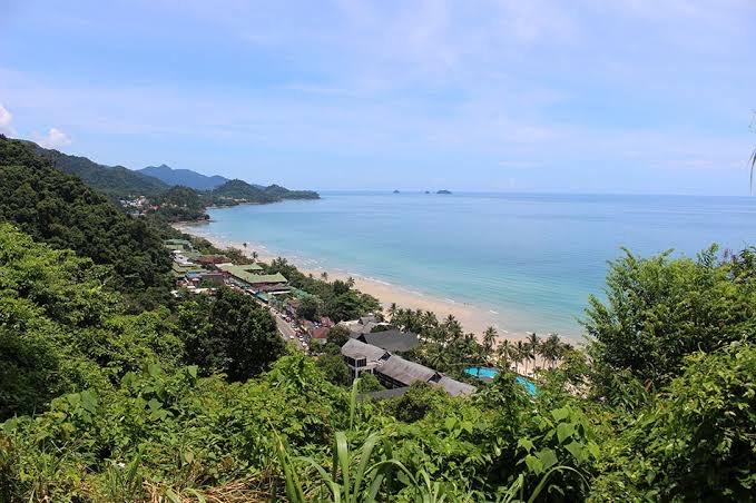 Illegaal Feestje op Koh Chang, bron van een Covid19 uitbraak op het eiland