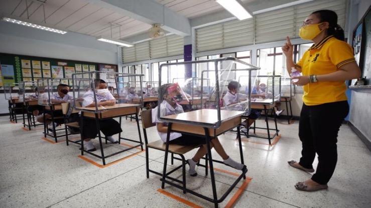 Voordat de schoolbel gaat luiden in Thailand worden er 600.000 leerkrachten en schoolpersoneel gevaccineerd