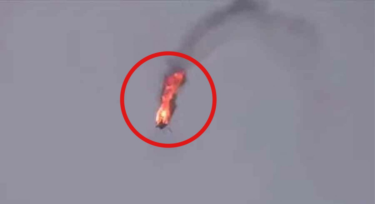 VIDEOCLIP | Birmese beweren een militaire helikopter te hebben neergehaald
