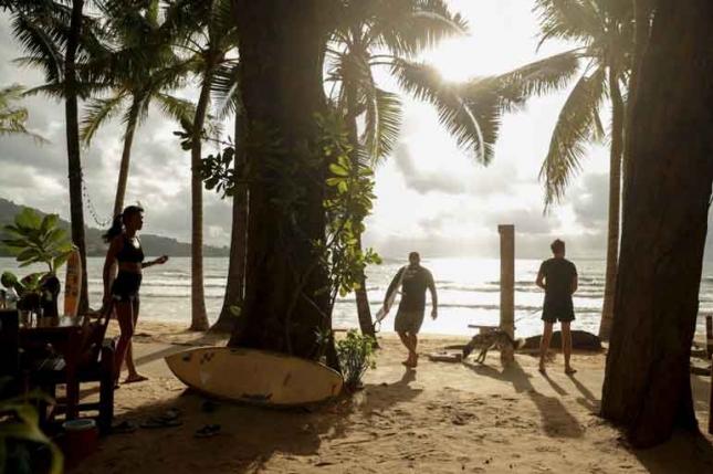 De TAT ontkent dat alleen wettelijk getrouwde buitenlanders en Thais hotelkamers op Phuket mogen delen