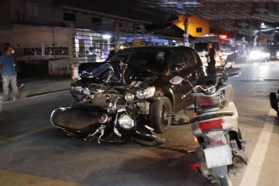 Buitenlandse automobilist in Pattaya gearresteerd na naar verluidt roekeloos rijden en beschadigen van andermans eigendommen
