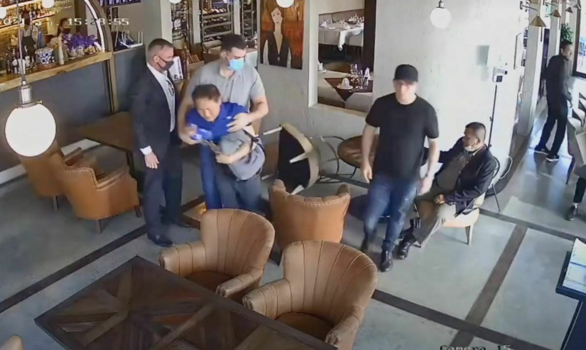 Twee politieagenten gearresteerd wegens vermeende betrokkenheid bij ontvoering in Bangkok