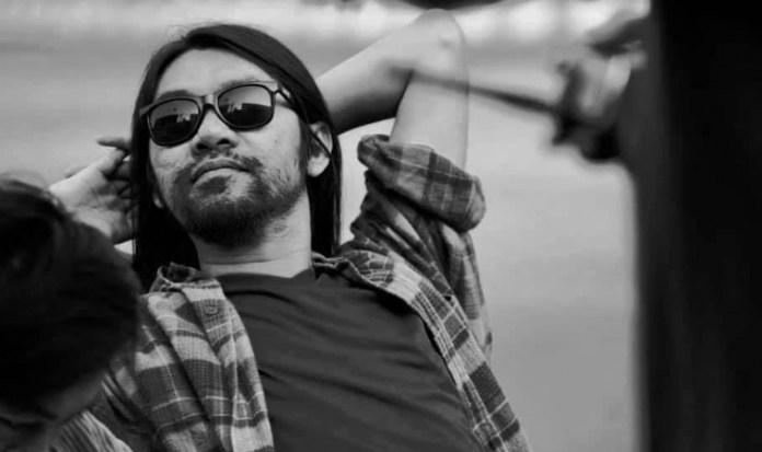 """De bekende Thaise gitarist van """"Playground"""" bij verkeersongeluk om het leven gekomen"""