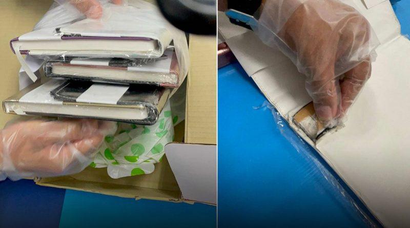 1650 gram heroïne in 9 notitieboekjes op de luchthaven van Suvarnabhumi ontdekt