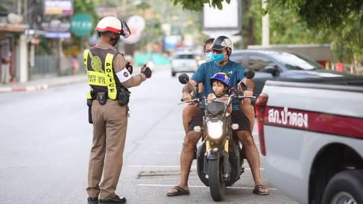 Nieuwe verkeersboetes in de Staatscourant van Thailand gepubliceerd
