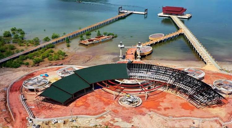 De veerboot havens van Trang en Krabi in het zuiden van het land worden uitgebouwd