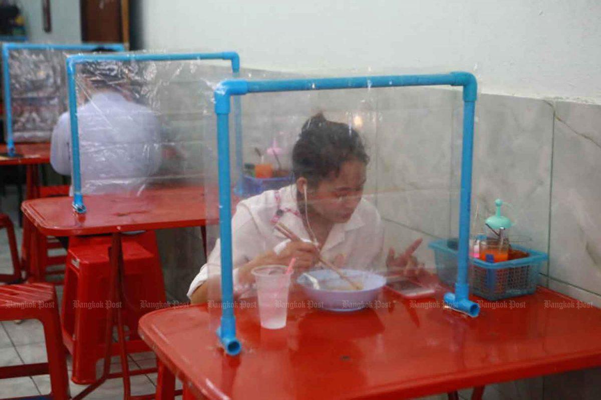 Het is nog steeds twijfelachtig of restaurants in Bangkok binnenkort alcohol mogen schenken