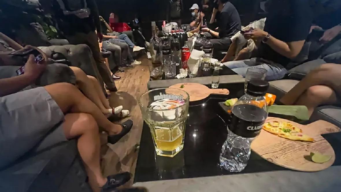 Feestje in de Thong Lor-club in Bangkok eindigt met 31 gearresteerden