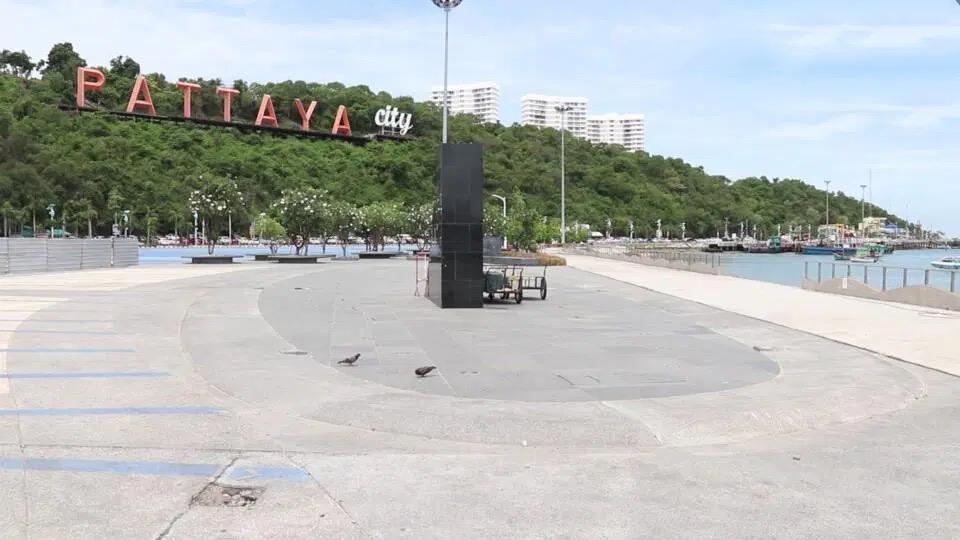 Pattaya stelt zich ten doel om in oktober gevaccineerde buitenlandse toeristen te verwelkomen, Koh Larn voorgesteld om als 'Sandbox model' te fungeren