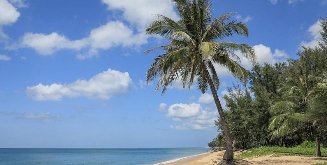 """De eerste stap naar de heropening van Thailand is met het """"Phuket Sandbox model"""" gezet."""