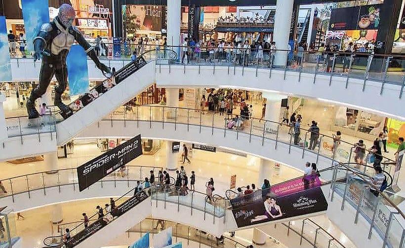 De CCSA specificeert welke winkels wel en niet in Bangkok open mogen!
