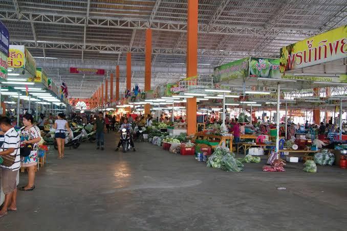 Twee versmarkten in Pattaya gesloten
