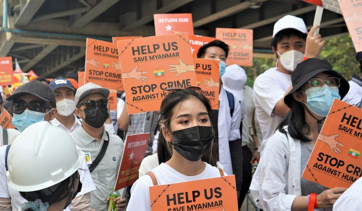 Thailand houdt de situatie in Myanmar stevig in de gaten en wilt dat er een einde aan het geweld komt