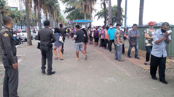 De nood in Pattaya is niet te bevatten, de honger is groot, Pattaya Community Support helpt mensen in nood tijdens de huidige Covid-19-crisis