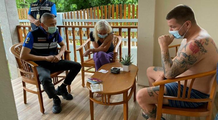 In Surat Thani en Phuket zijn 2 vermoedelijke drugsbaronnen uit Duitsland gearresteerd