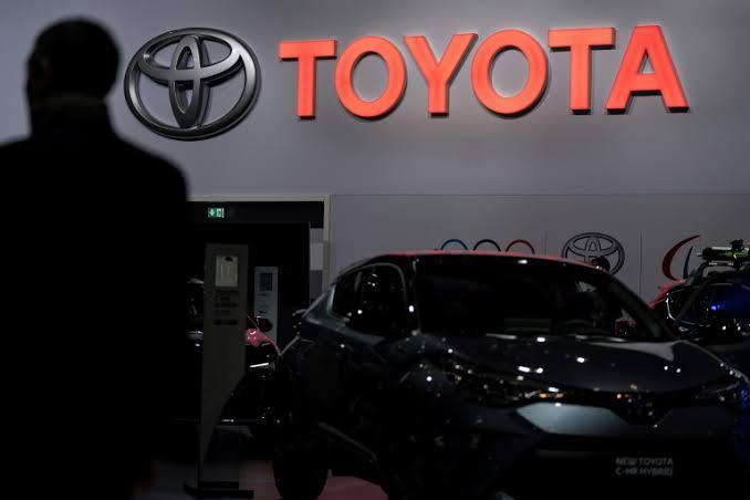 Het Covid19 virus dringt de fabriek van de Japanse autofabrikant Toyota binnen waarna de fabricage direct gestaakt wordt